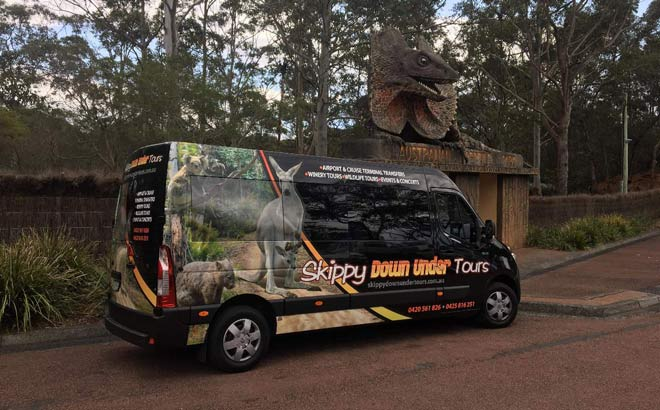 Skippy Down Under Tour Bus